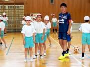 ファジアーノ岡山の選手が岡山市内の小学校を訪問 シーズン中に62校と交流