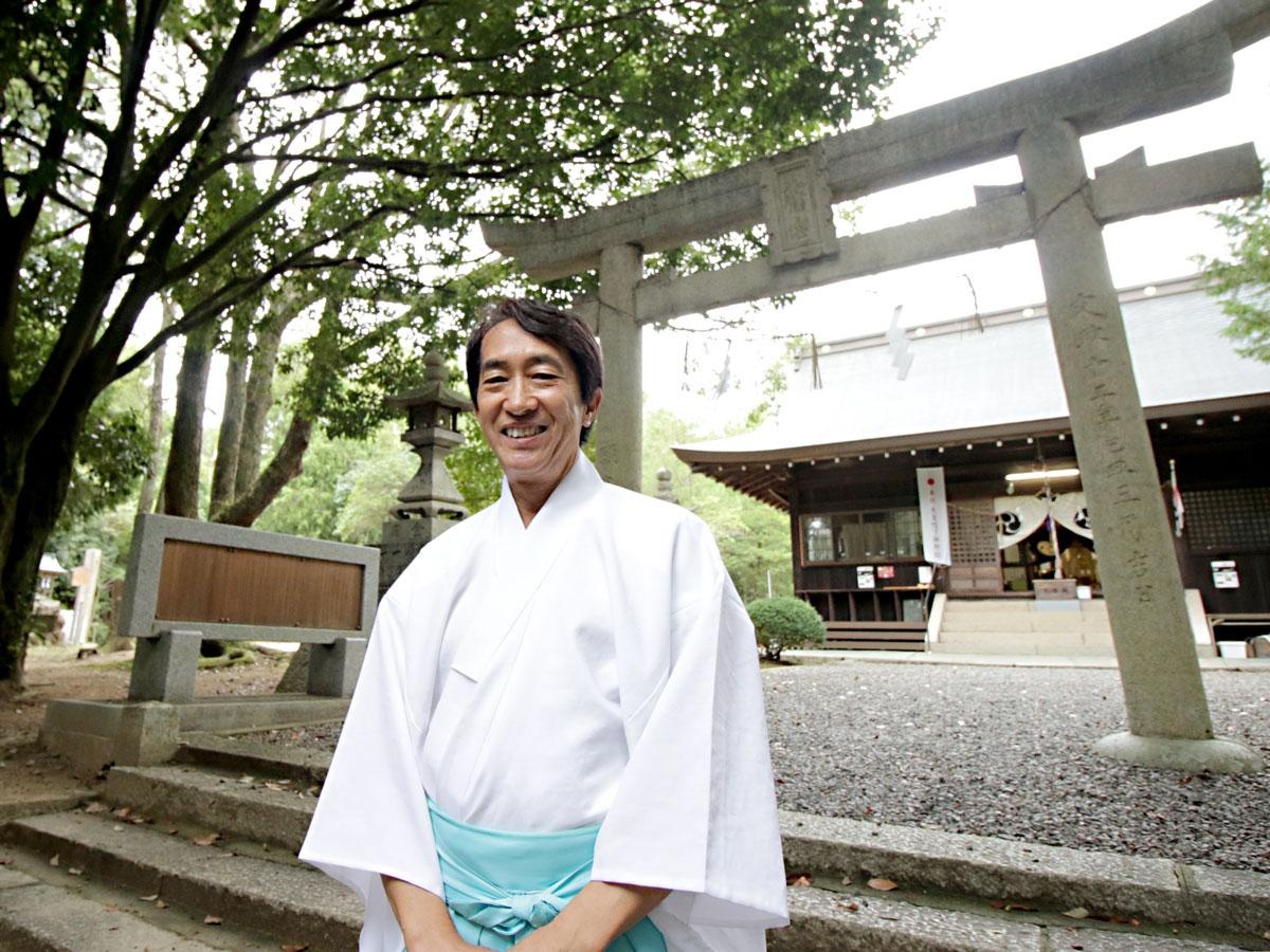 窪八幡宮・宮司の本間裕康さん