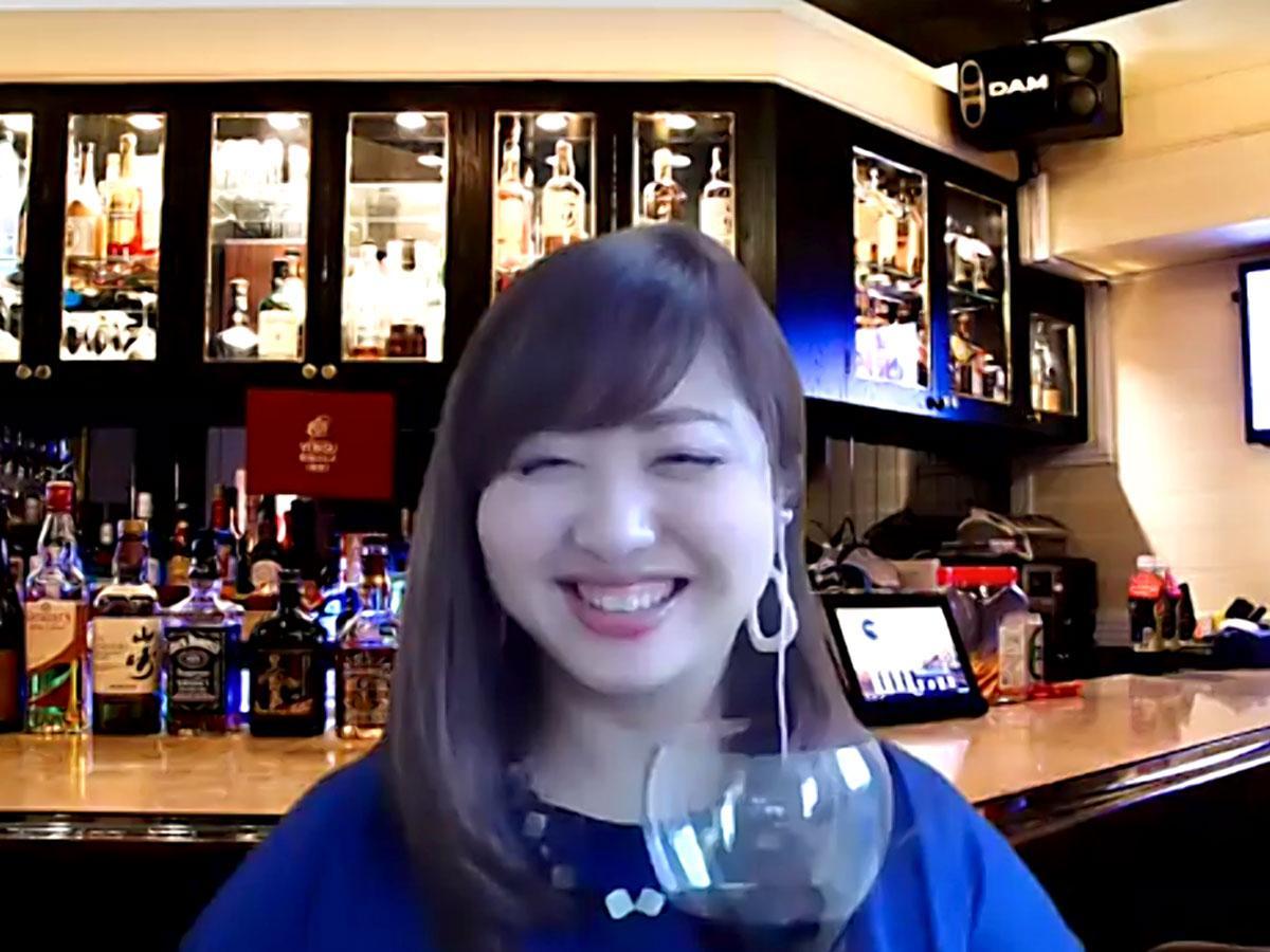 オンラインスナック「鉄子の部屋」ママの長江由美子さん