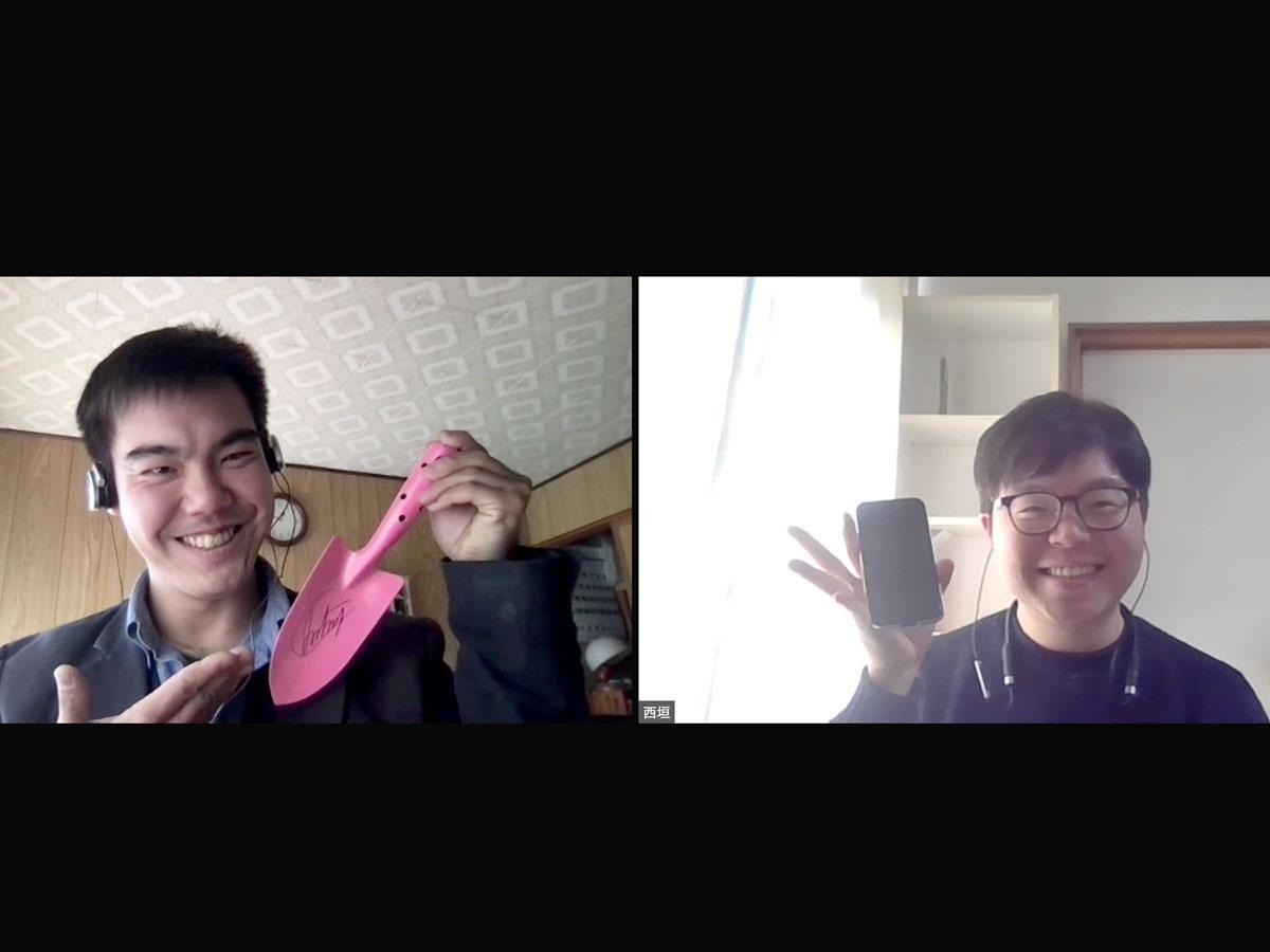(左から)石橋千加良さんと西垣陽平さん