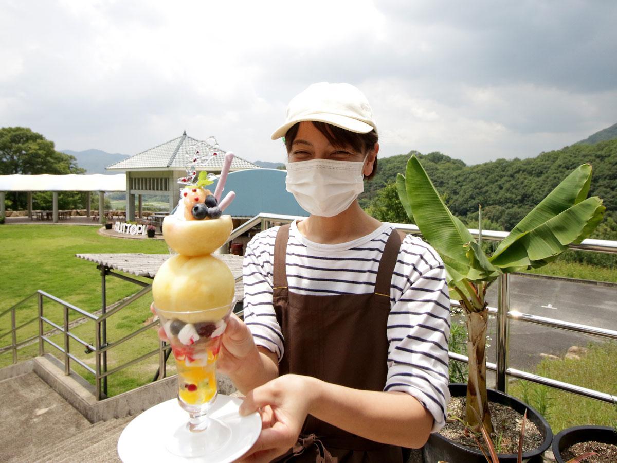 カフェ・フルーツトピアの川上忍さん