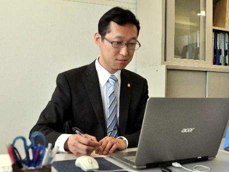 東大卒の元僧侶、岡崎で税理士事務所開業-スピード合格で資格取得