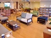 岡崎の家具工房「ティシュラー」移転1周年-新作のテーブルお披露目も