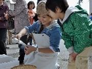 岡崎駅前で第1回「驛マルシェ」-店員と話しながら買い物、楽しさ再発見