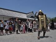 岡崎の武将隊、家康公交代式-新家康は兵庫県出身・知多在住の介護士