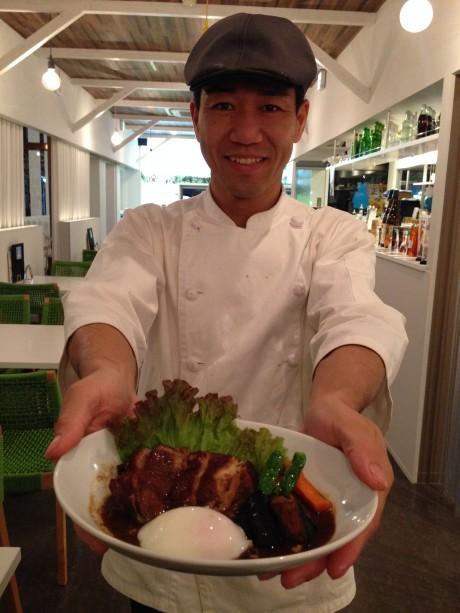 岡崎のカフェが地産地消メニュー「三河地鶏の赤ワイン味噌煮込み」