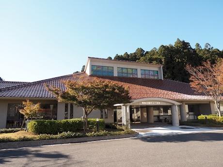 「中沼了三生誕200年展」が行われている隠岐の島町図書館