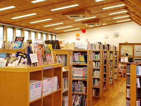 「アルトスブックストア」とのコラボイベントが行われる海士町中央図書館