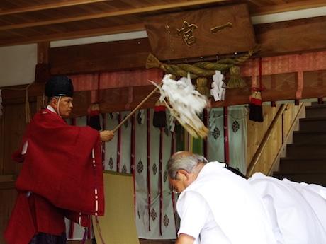 社殿での式典