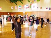 隠岐・中ノ島の集落で「小さな運動会」 老若男女が楽しむ