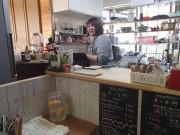 さいたま・見沼の「かふぇぎゃらりー本と台所」で出張マッサージ 絵本原画展も