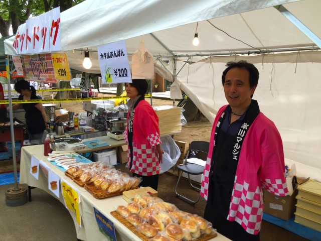 大宮・氷川神社参道で「氷川マルシェ」 「桜」テーマのメニューも