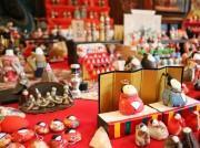 さいたまの会席料理店「二木屋」でひな人形 特大古今びななど1000体