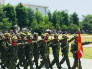 陸上自衛隊大宮駐屯地で創立61周年記念行事 行進や模擬訓練、特殊車両展示も