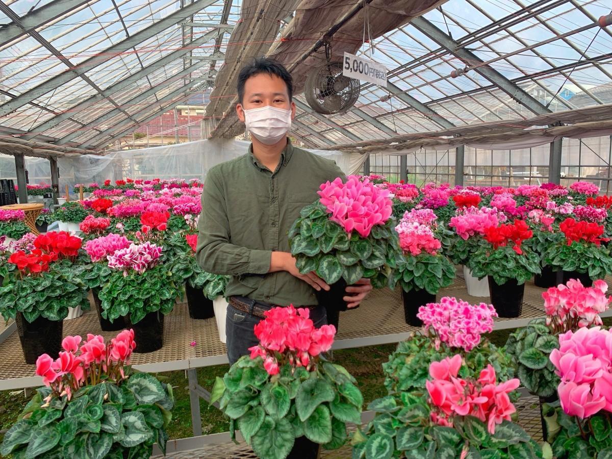 田中花園を経営する田中俊助さん