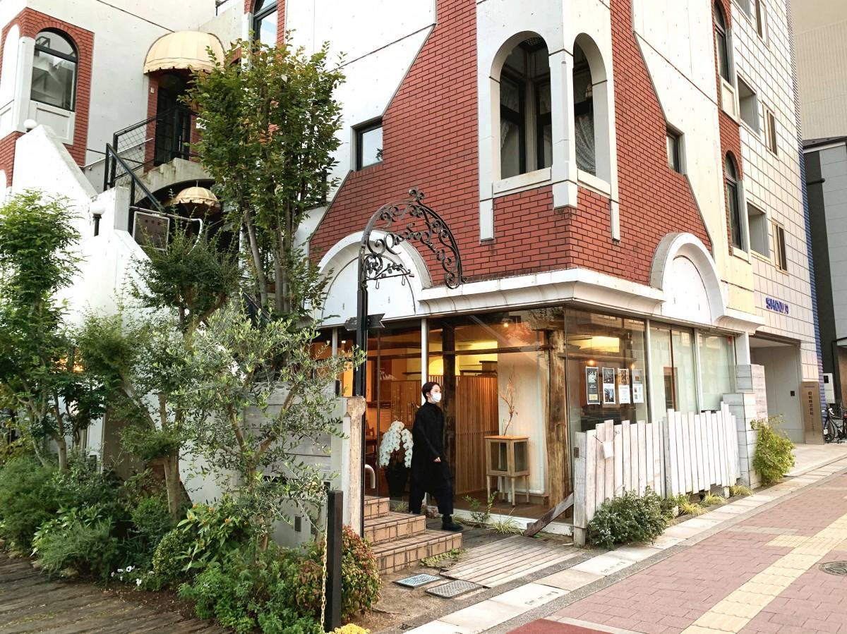 1級建築士の店主河合さんの父が店の設計をした