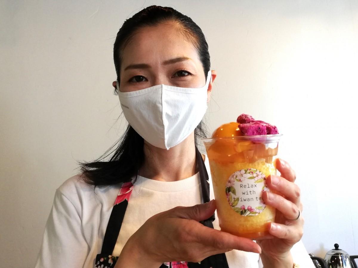 かき氷を提供する「Re:wtt(リューティーティー)」店長の平瀬ひろ子さん