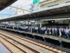 大宮駅で台風15号による交通機関の大幅な乱れ 新幹線で東京へ向かう人も