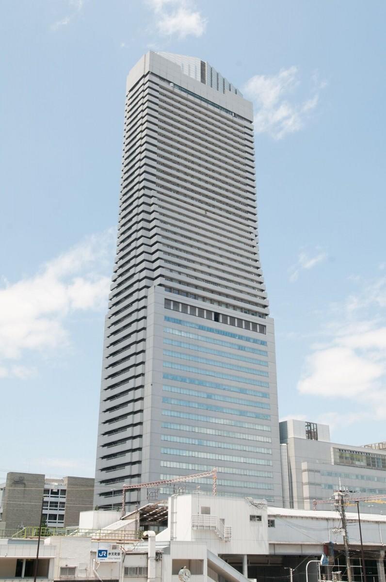 生まれ変わった「大阪ベイタワー」