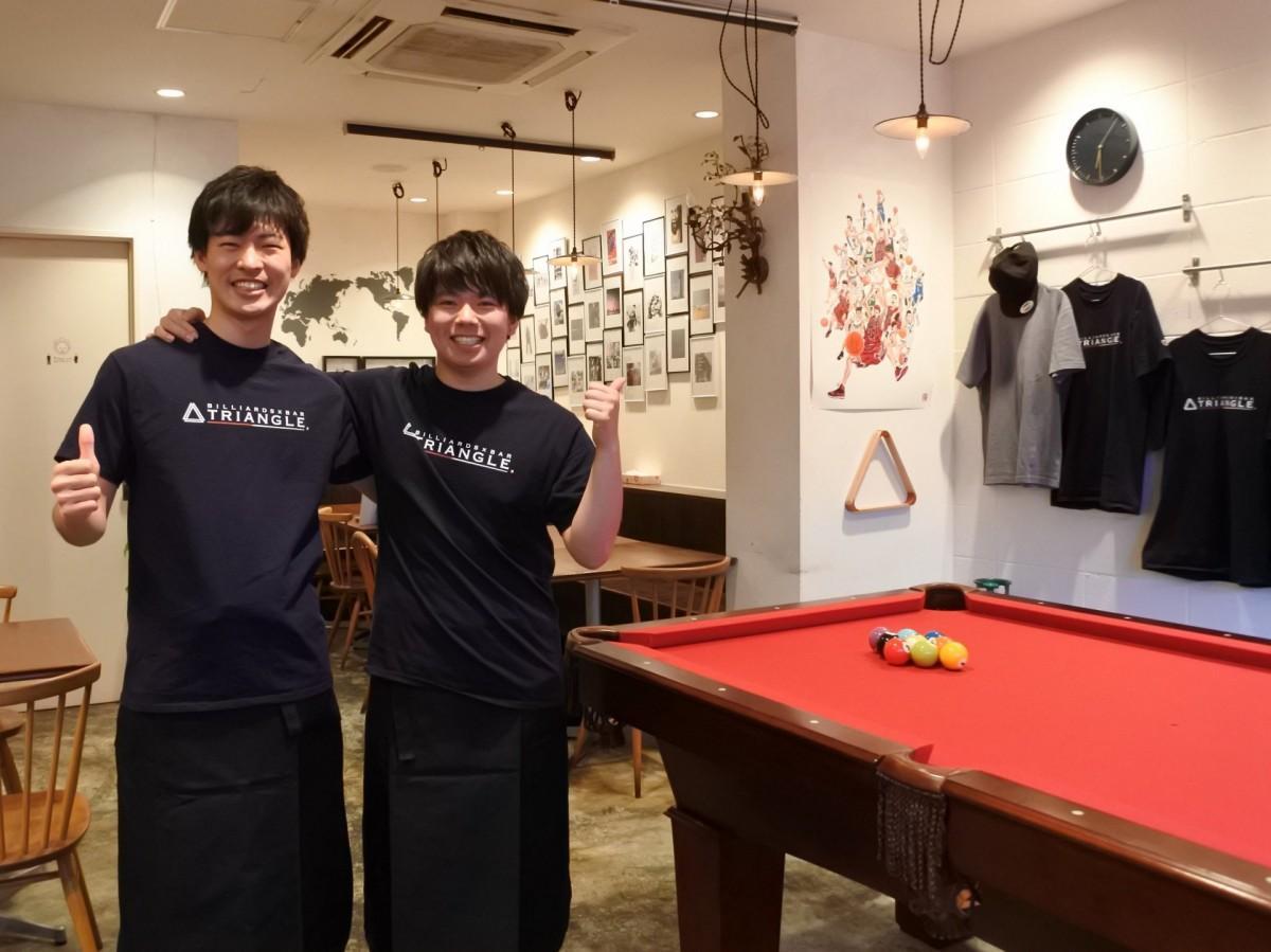 幼馴染の市川さん(左)と平岡さん(右)