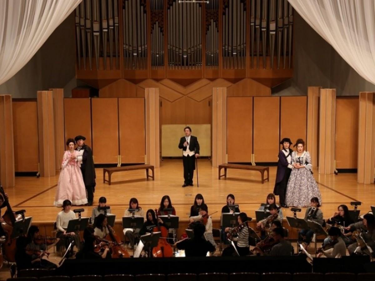 相愛大学内で公演したオペラ「フィガロの結婚」