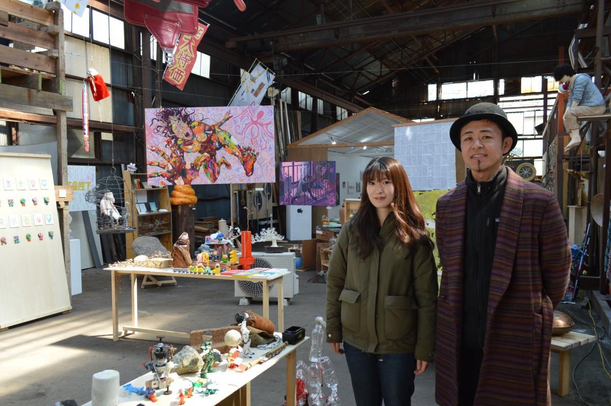 (右から)「アトリエe.f.t」代表の「吉田田タカシ」さん、イベントリーダーの「ハムスターの息子に産まれて良かった」さん