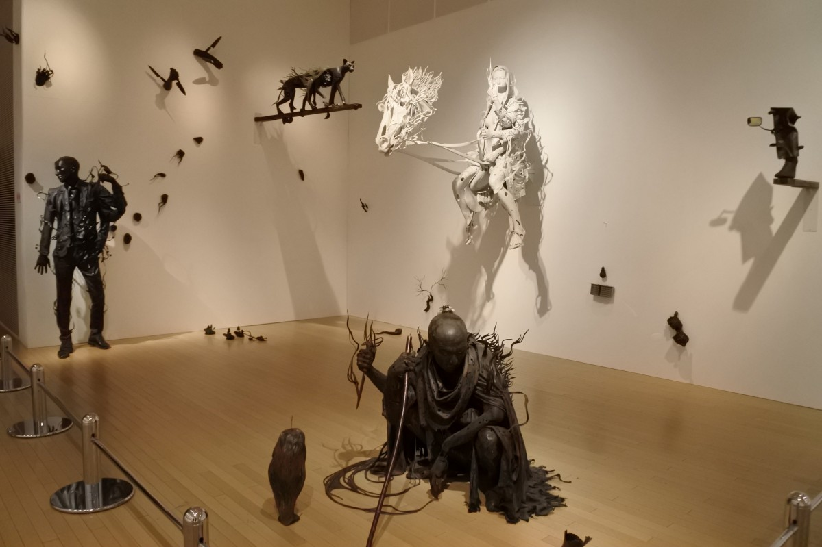 彫刻家 小谷元彦さんとのコラボ作品 - 大阪ベイ経済新聞
