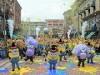 USJでミニオン仮装のゲスト700人が集結 ダンスで「ハチャメチャ」