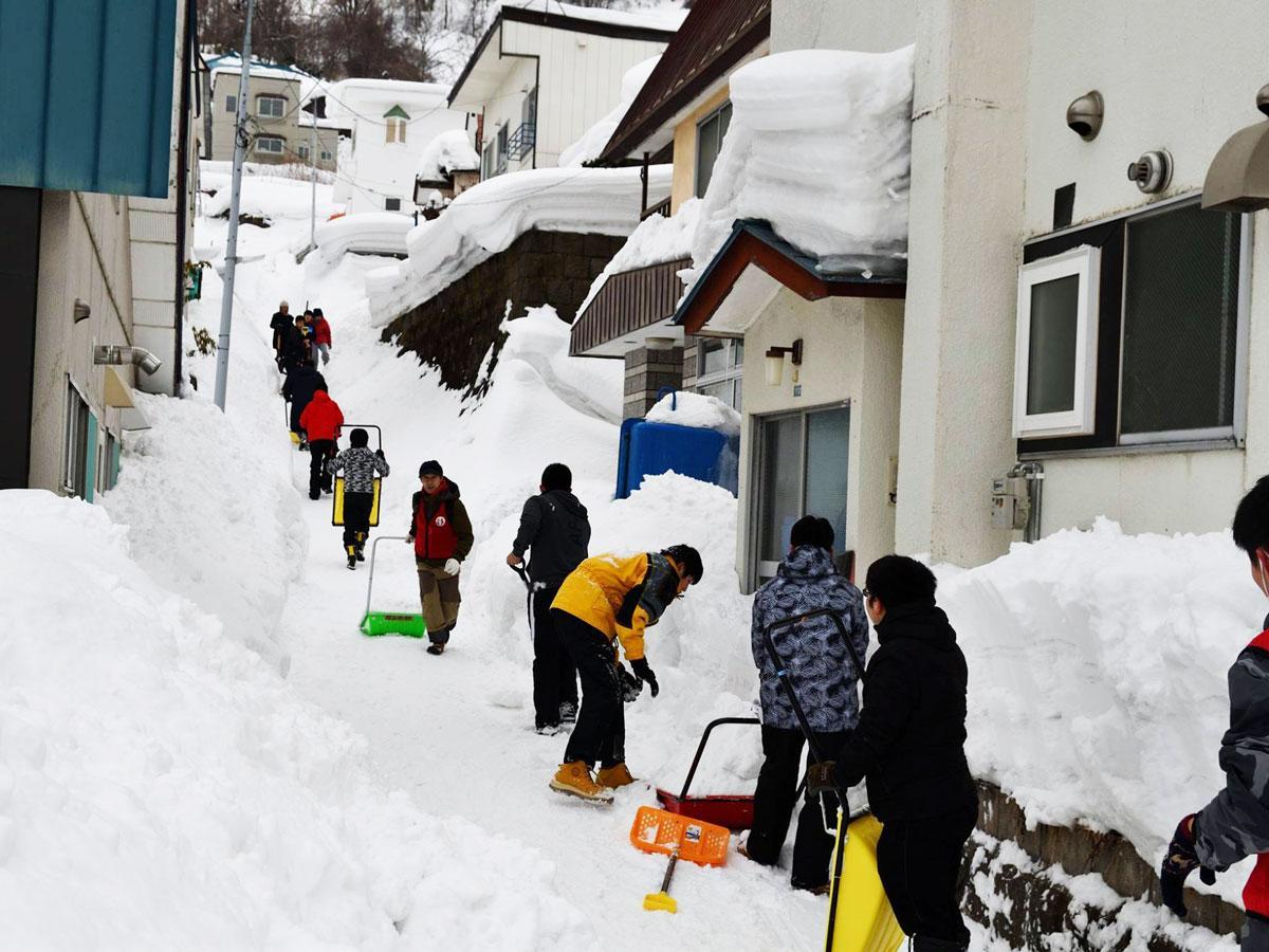 「スポーツ雪かき」の様子