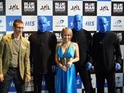 「ブルーマングループ」が日本上陸-六本木の劇場で12月公演