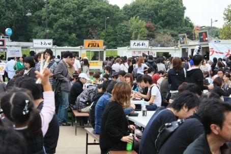 昨年10月に行われた「大つけ麺博」の様子。