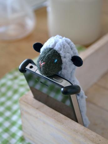出品予定のiPhoneケース「Sheepy(シーピイ)」