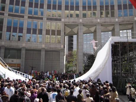 「Tokyo Snow Style in 都庁」(2009年)の模様