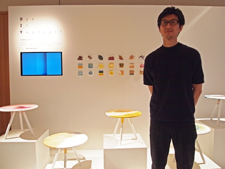 「Dye It Yourself」を紹介する吉泉聡さん(TAKT PROJECT)