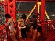 東京タワーがお月見ライトアップ 夜の外階段も特別開放