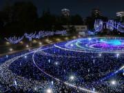 東京ミッドタウンでクリスマスイルミネーション 「宇宙旅行」テーマの新演出も