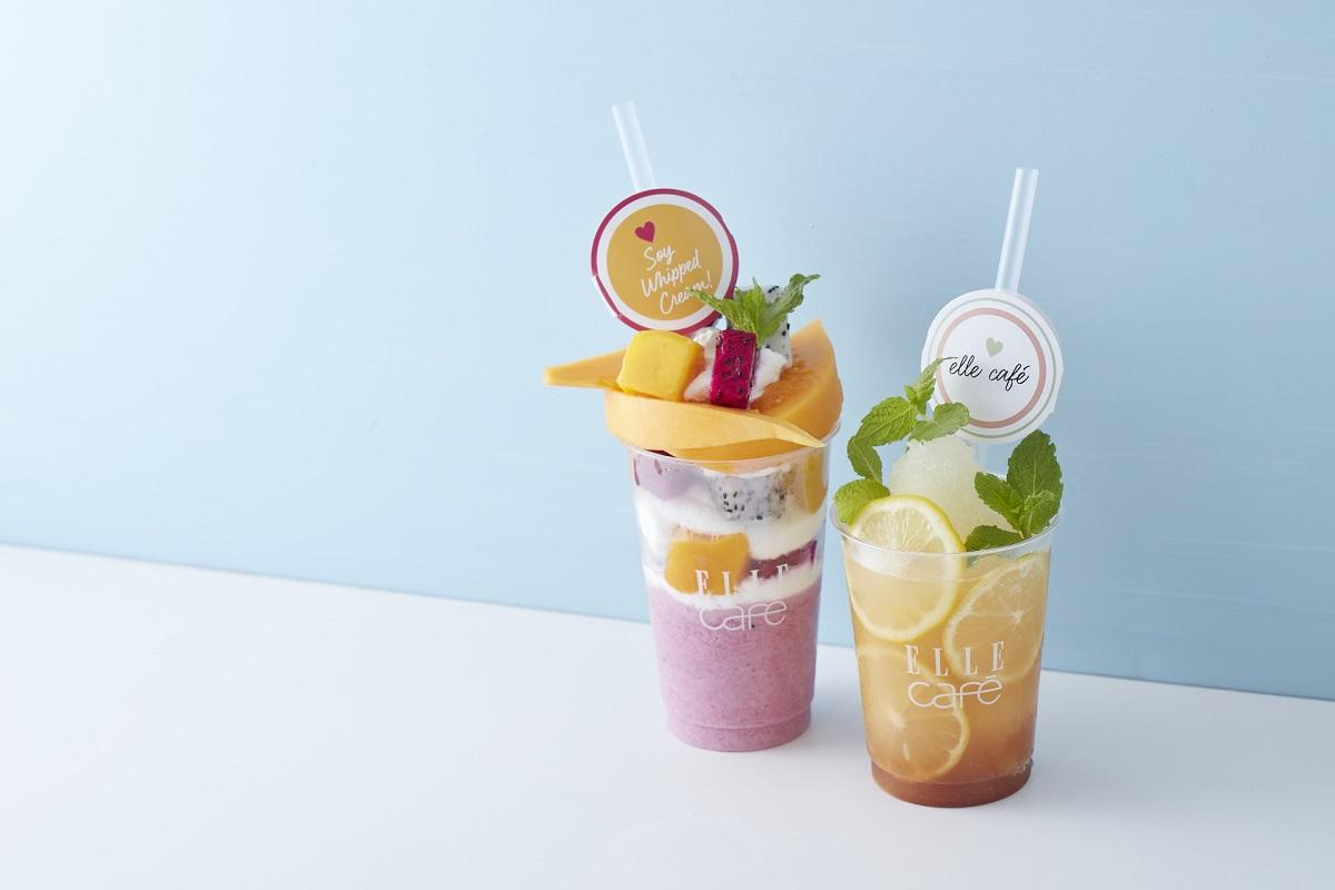 「エル カフェ」で提供する「トロピカルボンボン」(左)と「コンブチャフローズン レモン&ジンジャー」(右)