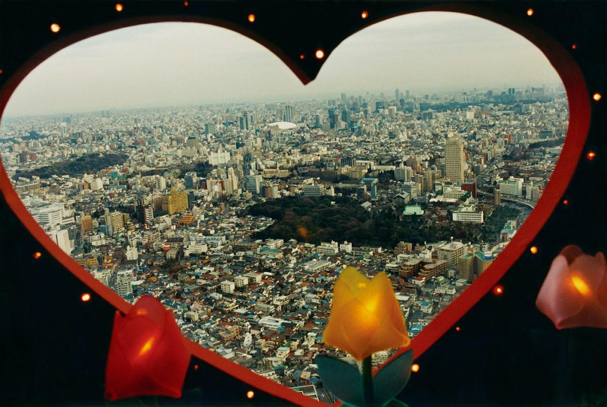 尾仲浩二さんの作品「Tokyo Candy Box No.00, 1999」 ©Koji Onaka