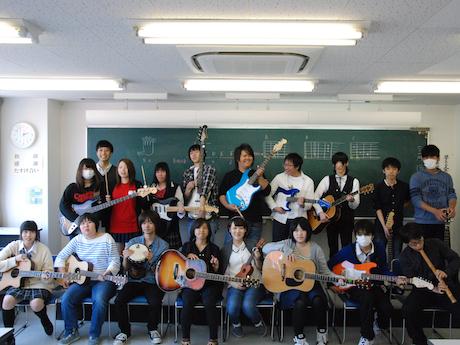 九州国際高等学園ミュージック部生徒