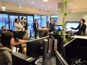 「デジハリ佐賀」で卒業制作発表会 地元店のサイト制作、学びの集大成披露