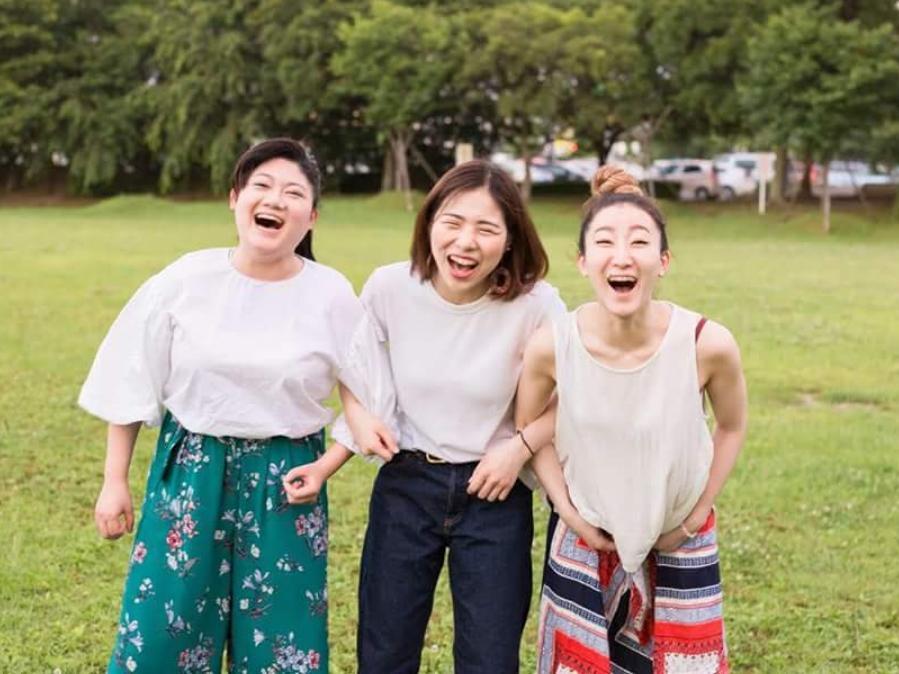 (左から)芸術ユニット「CHIIDA」の松永檀さん、Chicaさん、ILAさん