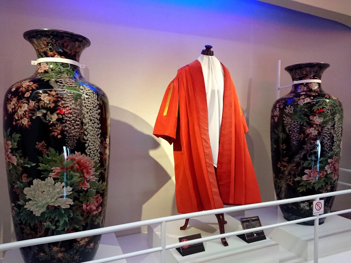 大隈重信記念館で現在一般公開している「七宝焼花鳥紋大花瓶」