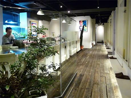 KIDさんがプロデュースした「ビーフターミナルキッド 名古屋1号店」店内の様子