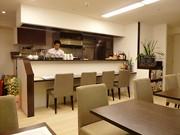 栄に梅干しカフェ「Cafe 紅い屋」-「紀州南高梅」13種類を提供