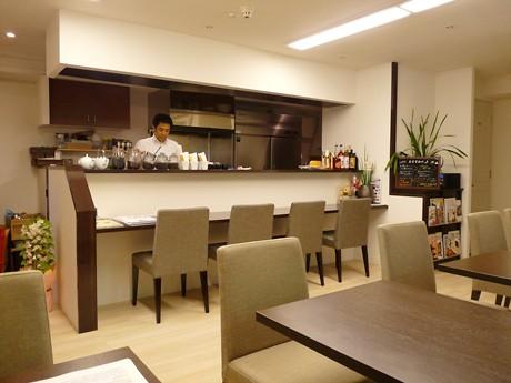 梅カフェ「Cafe 紅い屋(あかいや)」店内の様子