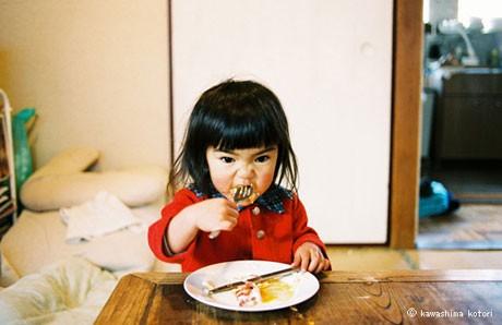 10月21日からパルコギャラリーで開催される「川島小鳥写真展『未来ちゃん』」