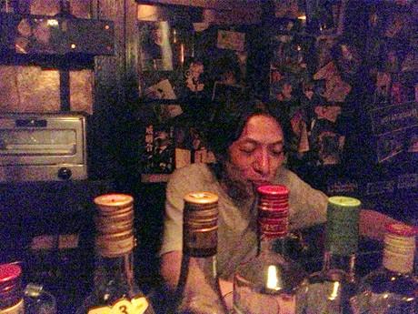 栄のロックバー「BUTANOGU」店主の山本真司さん