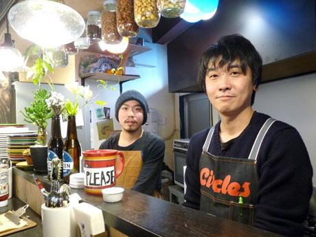 「EARLY BIRDS BREAKFAST」の大平恵太さん(左)と田中慎也さん(右)