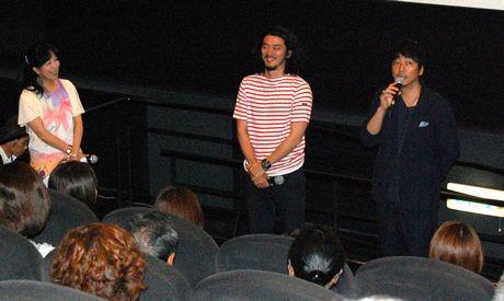 来名した大森南朋さん(右)と榊英雄監督