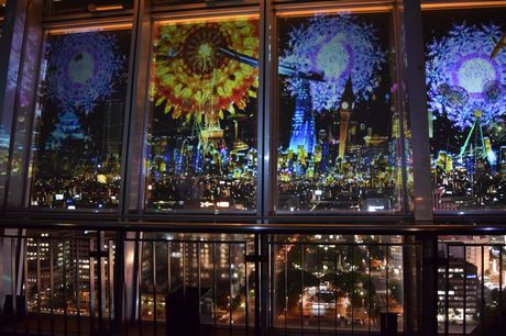 名古屋テレビ塔で開催されている「CITY LIGHT FANTASIA by NAKED-万華鏡花火を星空に-」
